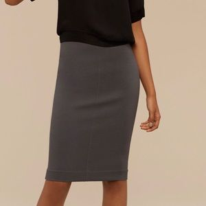 Aritzia Wilfred Lis Skirt in Cranberry colour